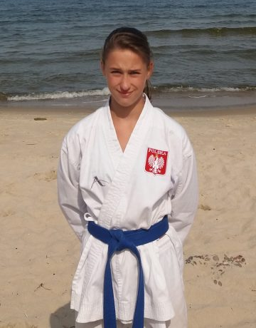 Wiktoria Kamińska – 4 Kyu (niebieski pas)